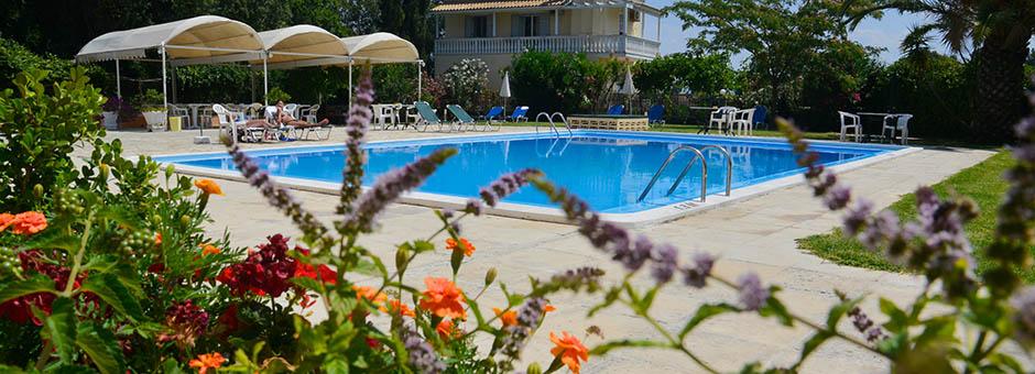 Hotel primavera dassia corfu for Garten pool korfu 1